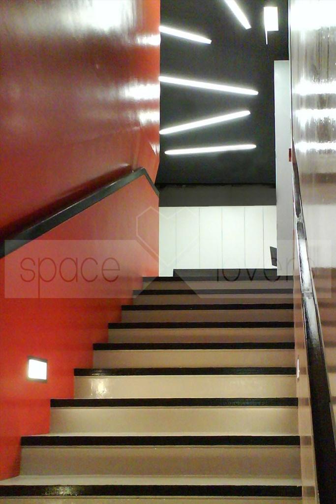 Escola de Dança NEXT - Escadas