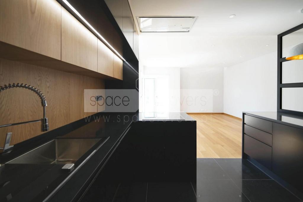 remodelacao-apartamento-parque-das-nacoes-cozinha-aberta
