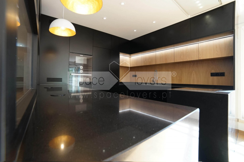 remodelacao-apartamento-parque-das-nacoes-cozinha-eletrodomesticos-bosch